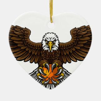 Ornement Cœur En Céramique Le basket-ball d'Eagle folâtre la mascotte