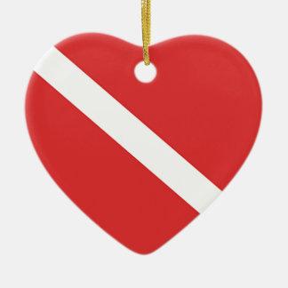 Ornement Cœur En Céramique Le drapeau blanc rouge du plongeur de logo de