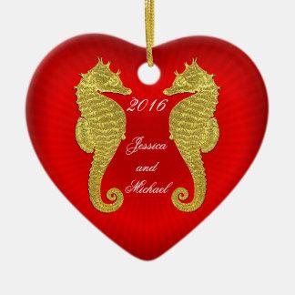 Ornement Cœur En Céramique Les hippocampes et le coeur d'or personnalisent