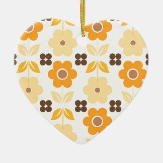 Ornement Cœur En Céramique Les rétros fleurs jaunes Dble-ont dégrossi coeur