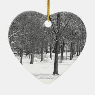 Ornement Cœur En Céramique L'hiver vient
