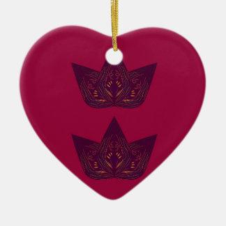 Ornement Cœur En Céramique Lotus sur le rouge