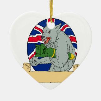 Ornement Cœur En Céramique Loup gris tenant le dessin d'Union Jack de bombe