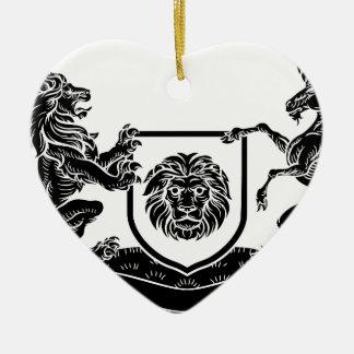 Ornement Cœur En Céramique Manteau héraldique de licorne et de lion de crête