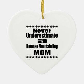 Ornement Cœur En Céramique Ne sous-estimez jamais la maman de chien de