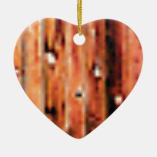 Ornement Cœur En Céramique panneau en bois brut foncé