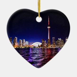 Ornement Cœur En Céramique Paysage urbain du centre de Toronto Canada la nuit
