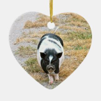Ornement Cœur En Céramique Photo mignonne d'animal de ferme du porc | de