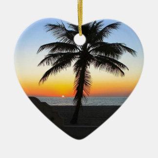 Ornement Cœur En Céramique Plage de sable de ciel de palmier d'aube d'aube de