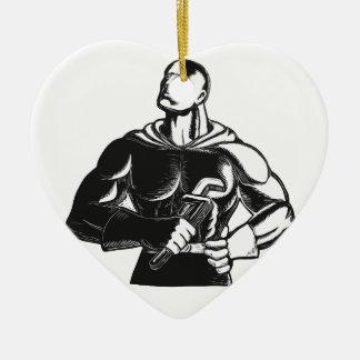 Ornement Cœur En Céramique Plombier de super héros avec la gravure sur bois