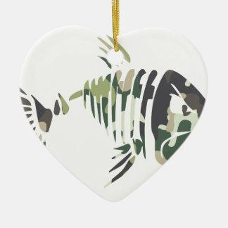 Ornement Cœur En Céramique Poissons fâchés de camouflage, pour le pêcheur