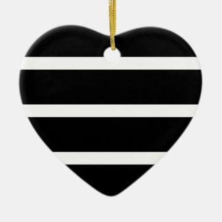 Ornement Cœur En Céramique Rayure noire avec le blanc