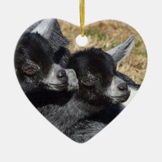 Ornement Cœur En Céramique Saint-Valentin en forme de coeur de chèvres de