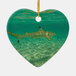 Ornement Cœur En Céramique Shark in bora bora