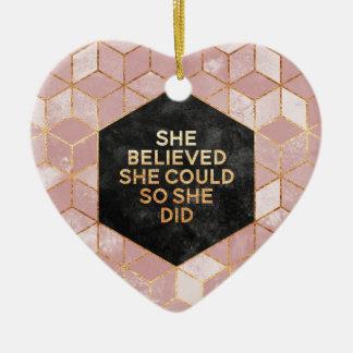 Ornement Cœur En Céramique She Believed She Could ainsi She Did