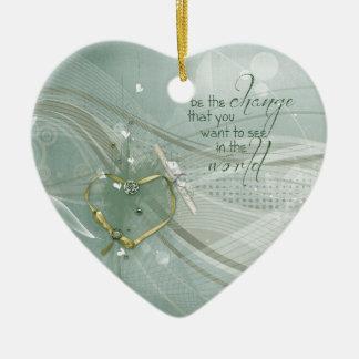 Ornement Cœur En Céramique Soyez le changement, ruban de coeur d'or, diplôme,