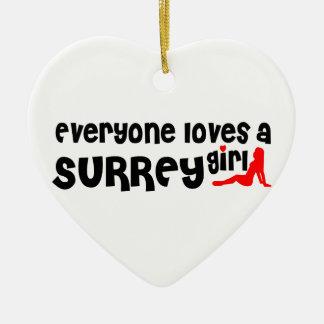 Ornement Cœur En Céramique Tout le monde aime une fille de Surrey