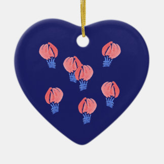 Ornement de coeur de ballons à air