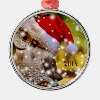 Ornement de fête de hibou de Père Noël pendant un