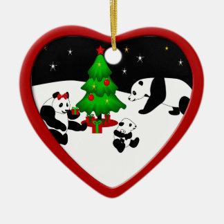 Ornement de Noël de famille de panda