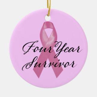 Ornement de survivant de cancer du sein de quatre