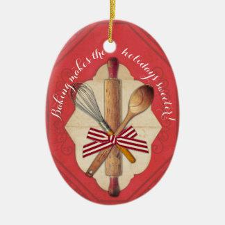 Ornement en bois de Noël d'arc d'ustensiles de