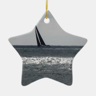 Ornement Étoile En Céramique Bord de la mer de plage pendant la régate à l'été