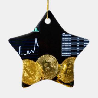 Ornement Étoile En Céramique Le marché de circuit de trio de Bitcoin dresse une