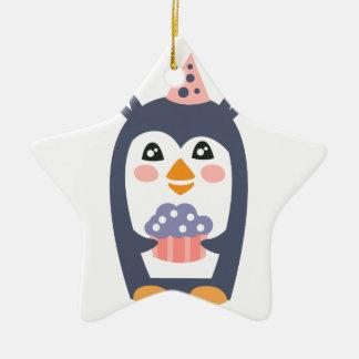 Ornement Étoile En Céramique Le pingouin avec la partie attribue génial stylisé