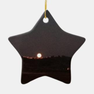 Ornement Étoile En Céramique Lever de la lune sur les collines