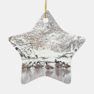 Ornement Étoile En Céramique Oies dans la neige