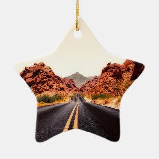Ornement Étoile En Céramique Paysage de voyage de route de route de montagnes
