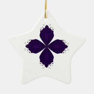 Ornement Étoile En Céramique Pourpre de Lotus sur le blanc