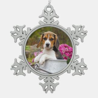 Ornement Flocon De Neige Chiot tricolore mignon de chien de beagle dans un