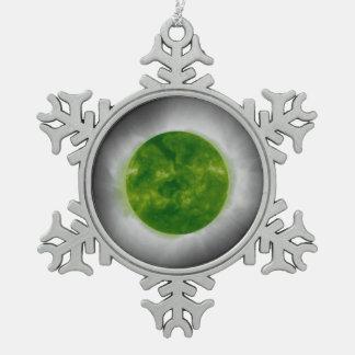 Ornement Flocon De Neige Couronne totale de vert d'éclipse solaire