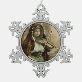 Ornement Flocon De Neige Femme et violon gitans