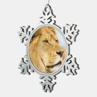 Ornement Flocon De Neige Grand lion regardant loin
