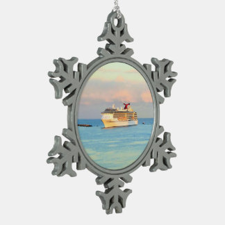 Ornement Flocon De Neige Lever de soleil en pastel avec le bateau de