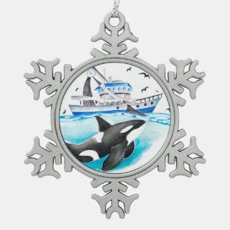 Ornement Flocon De Neige Orque et le bateau de pêche