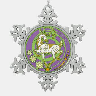Ornement Flocon De Neige Vert 2017/pourpre d'ornement de Noël de Holidaze