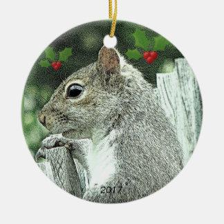 Ornement gris 2017 de Noël d'écureuil