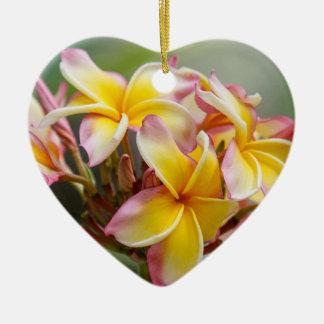 Ornement jaune hawaïen de Noël de fleur de