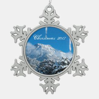 Ornement neigeux personnalisé de Noël de montagne