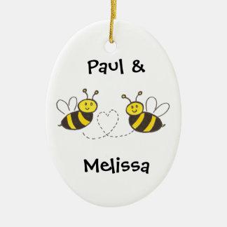 Ornement Ovale En Céramique Abeilles de miel avec le coeur