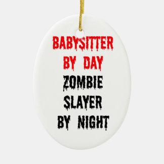 Ornement Ovale En Céramique Babysitter par le tueur de zombi de jour par nuit