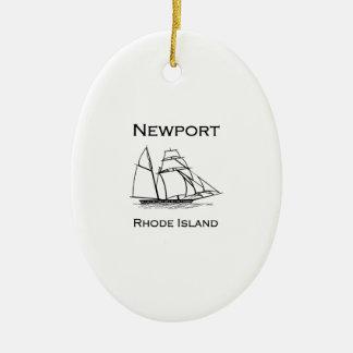 Ornement Ovale En Céramique Bateau grand de Newport Île de Rhode