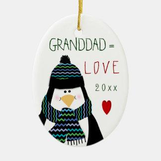 Ornement Ovale En Céramique Cadeau de Noël de pingouin de GRAND-PAPA d'amour