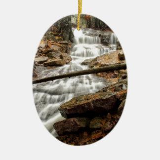 Ornement Ovale En Céramique Cascade 4