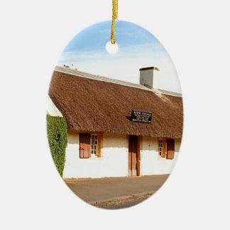 Ornement Ovale En Céramique Cottage de Robert Burns, Alloway, Ecosse