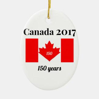 Ornement Ovale En Céramique Drapeau de coeur du Canada 150 en 2017